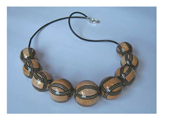 Black & Natural Stripey Beads Necklace