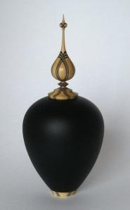 black-urn-n0-1-resize-4-web